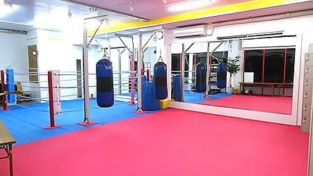 体幹トレーニングや空手エクササイズをする場所|KENSEIKAI 守口ジム