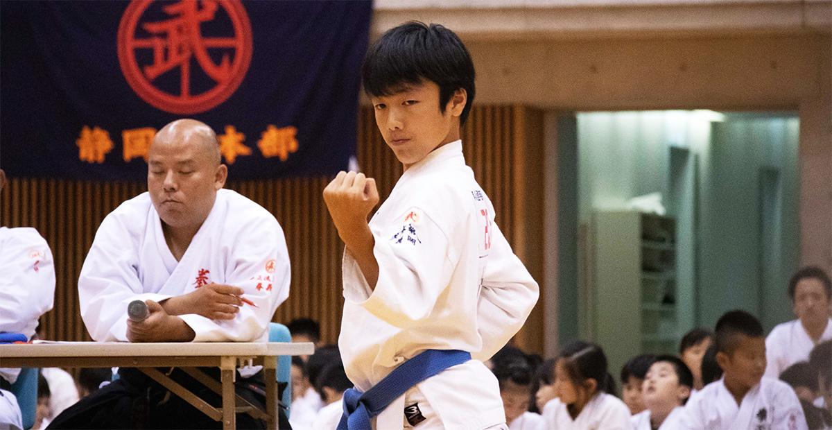 拳正会空手道連盟 礼儀を身につけ、強くて立派な人になる心身の鍛錬 空手 古武道 キッズ空手