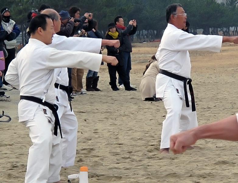寒稽古2013年 拳正会空手道連盟